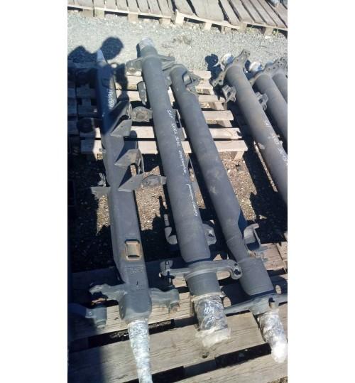 Ось SAF (большая крышка) SKRS 9042 рессора сверху (2210 длина, 1300 рессорная, 435 кронштейны камер)